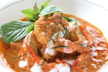 thai red curry paste with shrimp